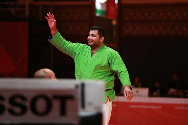 پهلوانی: طلا باید به ازبکستان می رسید!، لباسم سه سایز بزرگتر بود