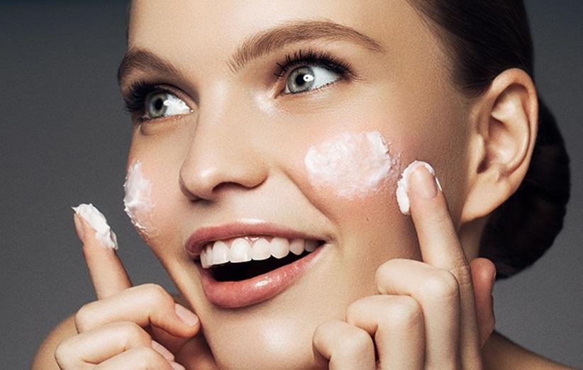 ترکیبات محصولات مراقبتی پوست خود را بشناسید