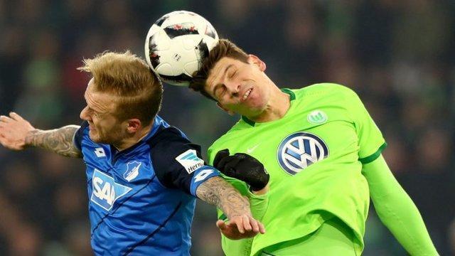 هد زدن در فوتبال، توانایی شناختی و ادراکی بازیکن را مختل می نماید