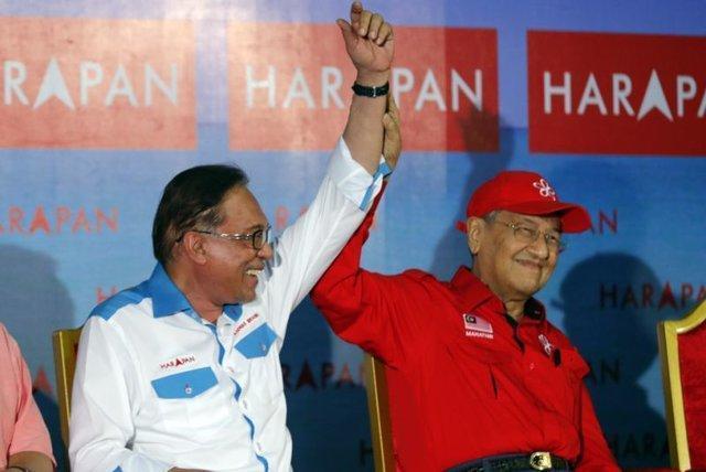 انور ابراهیم در مسیر بازگشت به سیاست مالزی