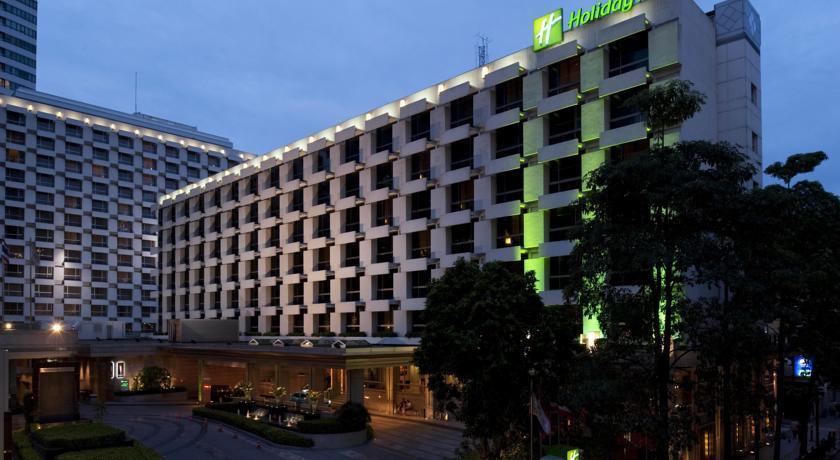 هتل هالیدی این بانکوک