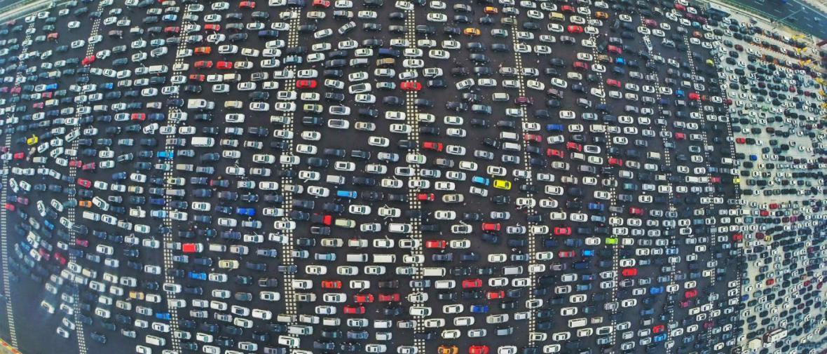 راه بندانی در پکن که باعث می گردد ترافیک شهرتان را فراموش کنید