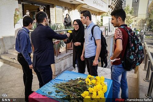 آیین استقبال از دانشجویان ورودی 98 در دانشگاه علوم پزشکی کردستان برگزار می شود