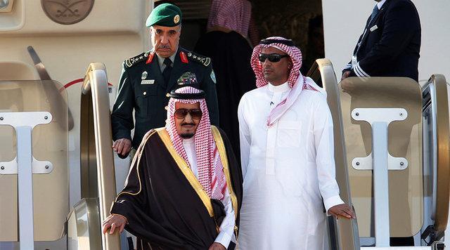 پادشاه عربستان برای سفر به اندونزی 506 تن بار برده است!
