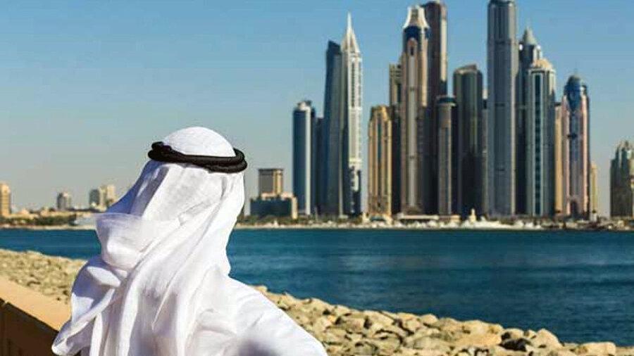 رشد بخش خصوصی امارات کُند شد ، ثبت پایین ترین نرخ رونق در 9 سال گذشته