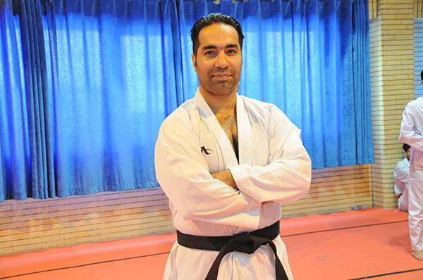 روحانی با حقوق 35 برابری مربی تیم ملی کاراته روسیه شد