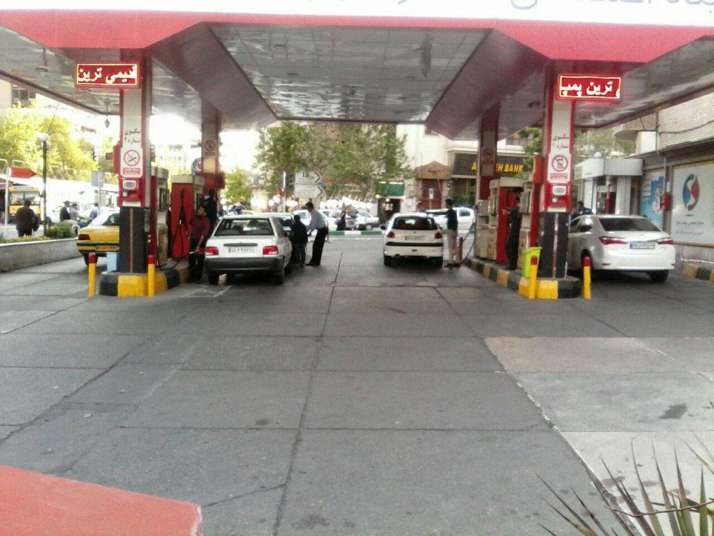 تکذیب شایعه تک نرخی شدن قیمت بنزین