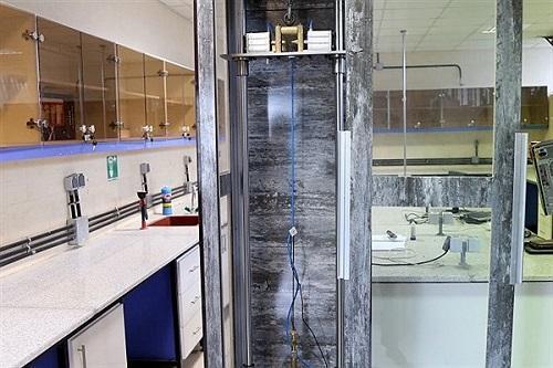 دستگاه ضربه ثقلی در دانشگاه آزاد کرمانشاه طراحی و ساخته شد