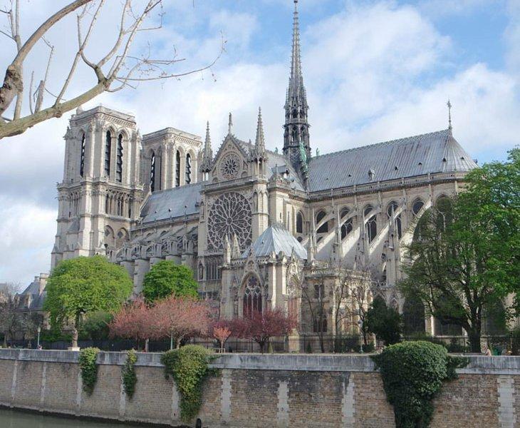کلیسای نوتردام Cath&eacutedrale Notre Dame de Paris - پاریس