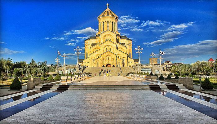 آشنایی با کلیسای اسمیندا سامبا گرجستان، تصاویر