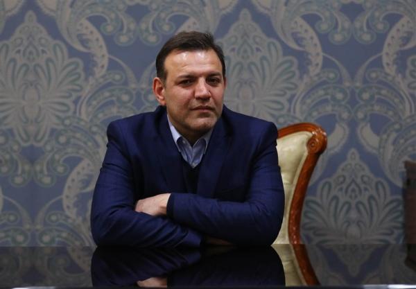 اعلام برنامه های عزیزی خادم برای حضور در انتخابات فدراسیون فوتبال