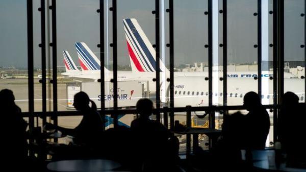کارکنان فرودگاه های پاریس اعتصاب می نمایند