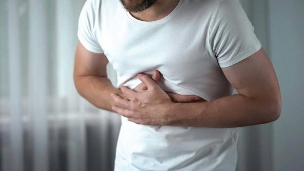 بخور نخور ها در مبتلایان به زخم معده