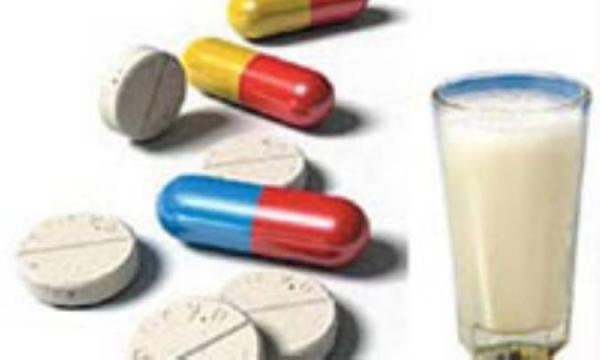 آنتی بیوتیک را همراه با شیر نخورید
